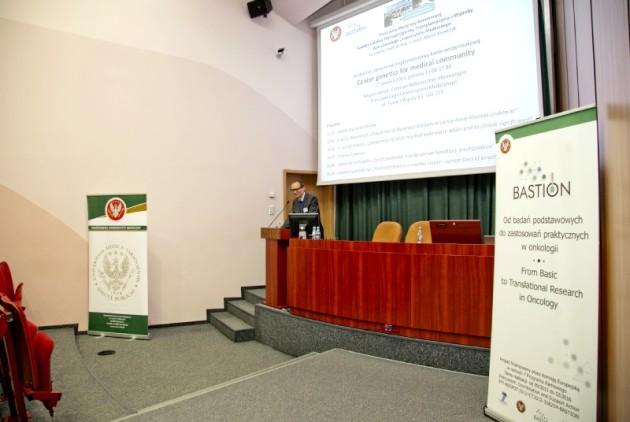 18-06-2013-najnowsze-trendy-w-obszarze-genetyki-nowotworow-konferencja-organizowana-przez-warszawski-uniwersyte_1